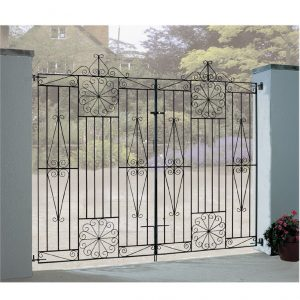 Edinburgh tall flat to metal driveway garden gate